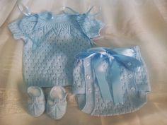 Baby Knitting Patterns, Knitting For Kids, Crochet For Kids, Knitting Designs, Baby Patterns, Crochet Baby, Knit Crochet, Kids Dress Clothes, Bebe Baby
