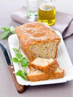 Cake au thon rapide : encore un allié pour le pique-nique ! Healthy Cooking, Cooking Recipes, Cooking Chef, Seafood Recipes, Tuna Cakes, Sandwiches, Cake Factory, Healthy Muffins, Banana Bread