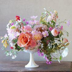 An early summer arrangement. #tulipina