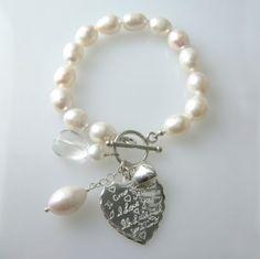 """Pearl """"I love you"""" bracelet"""