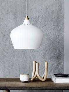 Cohen - Pendelleuchte garantiert blendfreies Licht - 3 Größen Perriand, Scandinavian Style, Luminaire Design, Diffused Light, Metallic Paint, White Paints, Light Up, Designer, Ceiling Lights