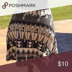 "Black &White Printed Skirt 95% Cotton, 5% Spandex. Like new. Elastic waste. 15"" long. Charlotte Russe Skirts Mini"