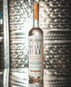 Come taste our original infusion Honey Habanero tonight at @tobaccocorva. We'll be hanging out on the first floor atrium from 5:30-7:30! #cheers #belleisleshine