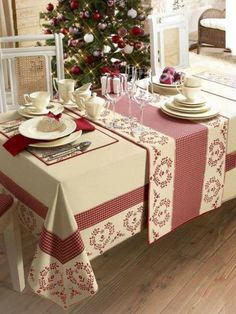 Angelica Home & Country Co Dining Table Cloth, Table Linens, Deco Table, Table Covers, Soft Furnishings, Table Runners, Sweet Home, Table Settings, Table Decorations