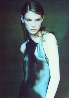 Angela Lindvall for Vogue Italia September 1997 by Paolo Roversi. 90s Models, Fashion Models, Louise Nevelson, I Robert, Paolo Roversi, Pretty Notes, T Magazine, John Galliano, Fashion Photography