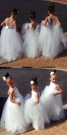 v back flower girl dresses, white tulle flower girl gowns for wedding party
