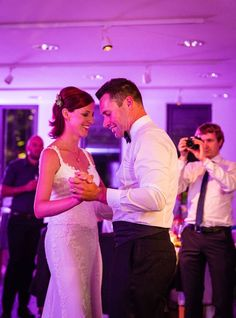 First wedding dance. Photography by L&G images, Location wedding in Germany.