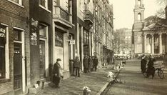Waterloo plein in 1930 Amsterdam Cafe, Amsterdam Holland, Rotterdam, Old Pictures, 17th Century, Street Photography, Netherlands, Dutch, Street View