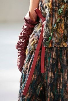 Nomads Of The World by Saba Tark, catwalk details