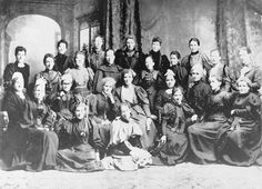 19 Sept. 1893  New Zealand became 1st country in the world to give women the vote  http://www.nzhistory.net.nz/politics/womens-suffrage …  #history