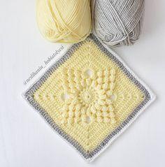 """793 curtidas, 14 comentários - Neslihan'ın Hobi Atolyesi (@neslihanin_hobiatolyesi) no Instagram: """"Yeni modelimi sarı renkle örmek istedim ve yıldızlı popcorn modelini seçtim ☺ Bu ara önce renk…"""" Crochet Blocks, Crochet Squares, Afghan Blanket, Grey Yellow, Pot Holders, Rustic, Pattern, Color, Instagram"""