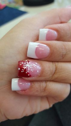 Beautiful chritsmas nails