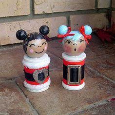 Large Kokeshi spool dolls --- Matsuyo and Kiyoko in Santa … | Flickr