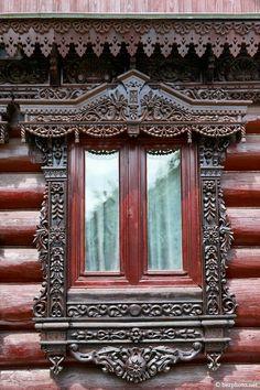 decorative carved wood window frame, suzdal, russia   architectural details #nalichniki