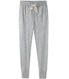 @Who What Wear - Essential Seven: Super Soft Sweatpants   Bilson's casual sweatpants look is unquestionably awesome and definitely worth copying.   Steven Alan's Mara Sweatpants ($178) in Grey Melange have just the right amount of slouch for a day full of running errands.