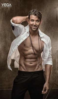hello, elegants in this video we will look at the top 5 most elegant actors in Bollywood. This video brings you the best stylish actors in Bollywood. Actor Picture, Actor Photo, Most Handsome Men, Handsome Actors, Bollywood Stars, Indian Bollywood, Bollywood Celebrities, Bollywood Actress, Hrithik Roshan Hairstyle
