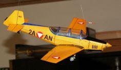 Gelimodell Nr. 49 (Zlin 526) umgestaltet auf Zlin 126 des ÖBH, Maßstab 1:33 Model Airplanes, Paper Models, Rubber Bands, Fighter Jets, Scale, Aircraft, Paper, Plane, Model