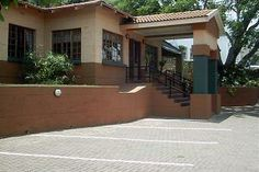 Nelspruit Guest Houses, Chez Vincent Guest House and Restaurant is situated in the capital town of the Mpumalanga, Nelspruit. The Mpumalanga Province is home to the renowned Kruger National Park, the scenic Panorama Route and the Lowveld Botanical Gardens.
