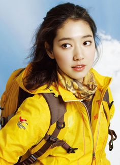 Queen of RomCom ♥ Park Shin Hye ♥ Flower Boy Next Door ♥ You're Beautiful! ♥ Heartstrings ♥ Don't Worry I'm a Ghost ♥ The Heirs ♥ Pinocchio Park Shin Hye, Korean Actresses, Korean Actors, Asian Actors, Doctors Korean Drama, Flower Boy Next Door, Top Bigbang, Park Pictures, Korean Star