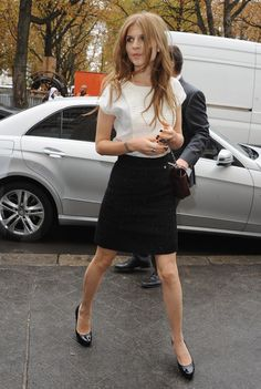 Clemence Poesy Pictures - Chanel - Paris Fashion Week Spring/Summer 2011 Arrivals - Zimbio