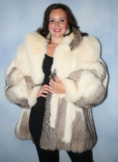 White Fur Coat, Fox Fur Coat, Fur Coats, Fur Fashion, Winter Fashion, Coats For Women, Jackets For Women, Fabulous Fox, Fur Jacket