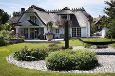 Hvem vil ikke gerne bo på en ø? Især, hvis man kan bo i sådan et hus.