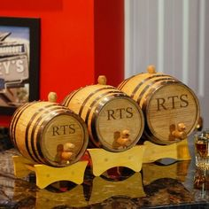 Customize your favorite liquor to taste with your very own Engraved Bluegrass Barrels. Each barrel you choose makes an excellent Groomsmen Gift idea! Groomsmen Gifts Unique, Groomsman Gifts, Wooden Plugs, 40th Birthday Cakes, Bourbon Barrel, Beer Mugs, Wedding Supplies, Decanter, Barrels