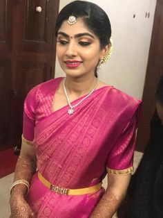 Gold And Silver Earrings Gold Jewelry Simple, Gold Rings Jewelry, Gold Jewellery Design, Gold Necklaces, Saree With Belt, Saree Belt, Vaddanam Designs, Indian Wedding Jewelry, Indian Jewelry