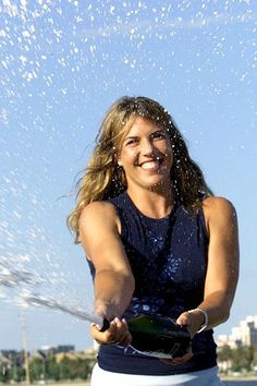 Jennifer Capriati: A quick look at her legacy by Peter Bodo.-LOVED her competitive spirit!
