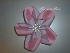 Flor en listón... solo en Maryarena Bows