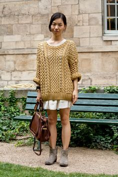 chunky sweater in gold.