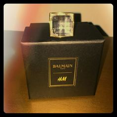 BALMAIN CHUNKY RING NIB PERFECT CHRISTMAS GIFT THE PERFECT CHRISTMAS GIFT BRAND NEW IN BOX NEVER WORN, GIFT FROM HUBBY BUT SIZE XS/S, ONLY FITS MY PINKY :0(BALMAIN x H&M. Chunky ring in glass bead white crystal gold-colored metal with a faceted glass bead. 80% metal, 20% glass.  Art.No. 29-6616  Imported Balmain Jewelry Rings Faceted Glass, Glass Beads, Chunky Rings, Balmain Paris, Perfect Christmas Gifts, Glass Art, Jewelry Rings, Perfume Bottles, Shop My