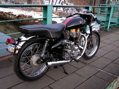 Royal Enfield Ace Fireball 535 cafe racer