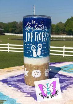 Custom Tumblers, Custom Mugs, Yeti Cup, Glitter Cups, Tumbler Cups, Water Bottles, Epoxy, Business Ideas, Circuit