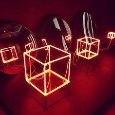 Neon: na arte, na rua, no desejo