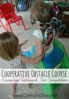 Cooperative Obstacle Course: Encourage Teamwork Not Competition. Awesome gross motor communication and listening activity for kids for a rainy day. Teamwork Activities, Gross Motor Activities, Infant Activities, Preschool Activities, Summer Activities, Movement Activities, Book Activities, Home Preschool Schedule, Preschool At Home