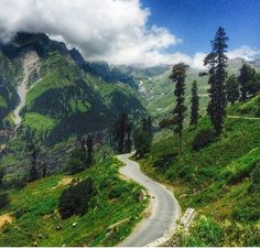 Manali, India is a perfect coolest destination for the holidays and vacations. Visit : http://himalayadestination.com/