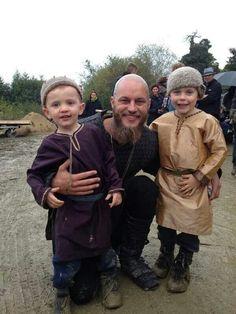 Travis Fimmel and little cast mates
