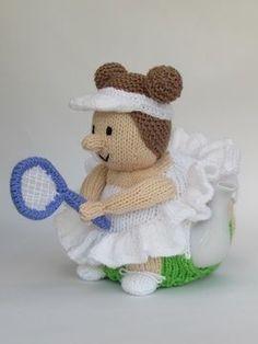 Wimbledon Tennis Player Tea Cosy Knitting Pattern - Knitting Patterns at Makerist