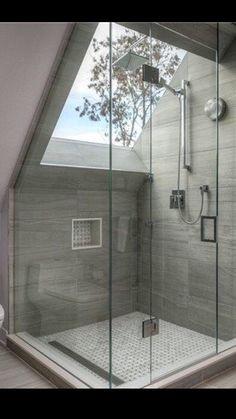 Dream Shower w/ Skylight