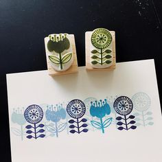 Fabric Stamping, Rubber Stamping, Homemade Stamps, Eraser Stamp, Stamp Carving, Printing On Fabric, Stamp Printing, Spring Crafts, Fabric Painting