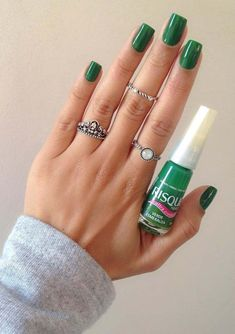 20 Awesome Green Nail Arts To Try Nowadays. Find here the amazing trends of green nail art designs to create in 2018. There are various designs in nail arts that you may choose to wear nowadays for attractive hands. Green nail arts are best ideas for women to get modern and fresh look. See here our best collection of nail art designs to use in year 2018.