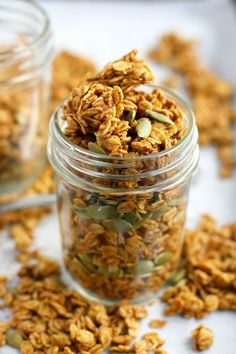 Easy and healthy gluten free and vegan pumpkin spice granola recipe. This is a delicious fall breakfast!