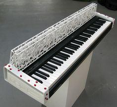 ODD guitarsと3Dシステムズが共同で作成したキーボード