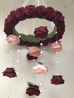 Handmade Floral nursery mobiles & hanging decor © by BabeshowsMobiles Diy Home Crafts, Diy Arts And Crafts, Baby Crafts, Crafts For Kids, Baby Room Decor, Nursery Decor, Nursery Mobiles, Girl Nursery, Flower Mobile