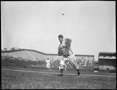 What a great photo of Lefty Grove at Fenway Park.