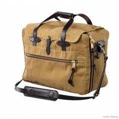 Check out the latest Filson luggage! Who's ready for a roadtrip?