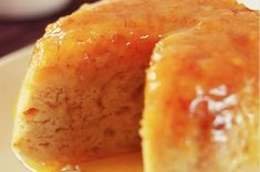 Quick & Easy Microwave Suet Pudding - Magazine Anything treacle seems to be a favourite of Harry Potter. Weasley serves treacle pudding up in Harry Potter and the Chamber of Secrets. Custard Desserts, Custard Recipes, Pudding Recipes, Custard Cake, Vanilla Custard, Banana Cheesecake, Cheesecake Recipes, Dessert Recipes, Sweet Desserts