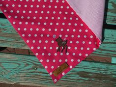 Hundehalstücher bestickt mit Motiv von http://hundmali.blogspot.com