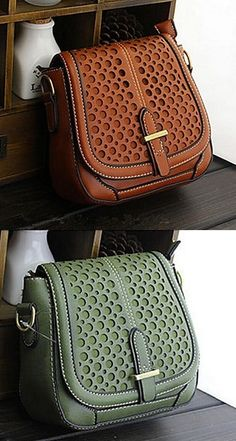 Elegant shoulder bag, perfect to match with your fall outfits. Like it? Click for more details.